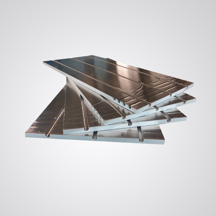 What are the common problems in the construction of extruded boards?